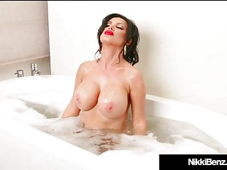 Penthouse Pet Nikki Benz Plays With Herself In Her Bath Tub!