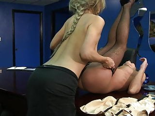 Blondie babe bends over to lick her girlfriend's pussy
