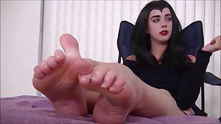 Lovely Shaped feet