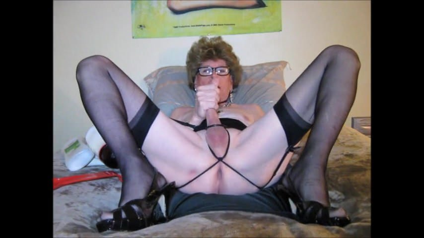 apologise, but, skinny blonde milf masturbating big clit agree with told