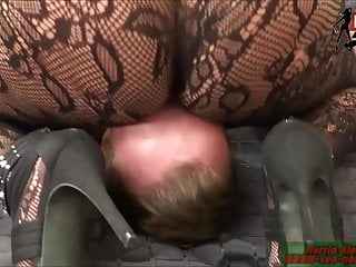 Download video bokep Facesitting in Nylons with big ass femdom Milf mother lady Mp4 terbaru