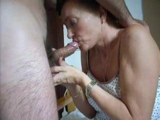 Mature wife spills no cum