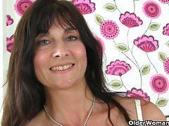 Britain's sexiest milfs part 44