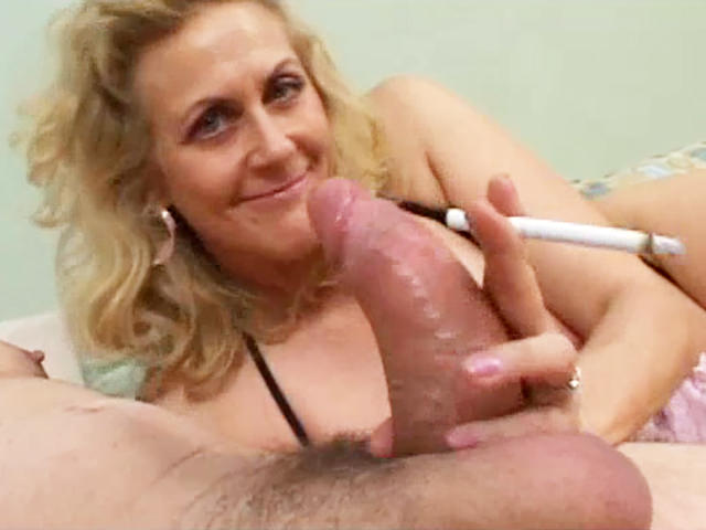 Shemale big cock in girl
