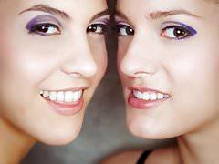 Face sitting lesbians Carolina Abril and Silvie Luca