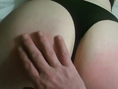 Submissive gurl gets a spanking