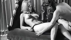 Sexy Vintage Lesbians 60's's Thumb
