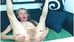 Large squirting dildo