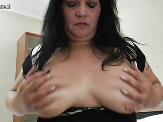 Big brested mama getting wet and wild
