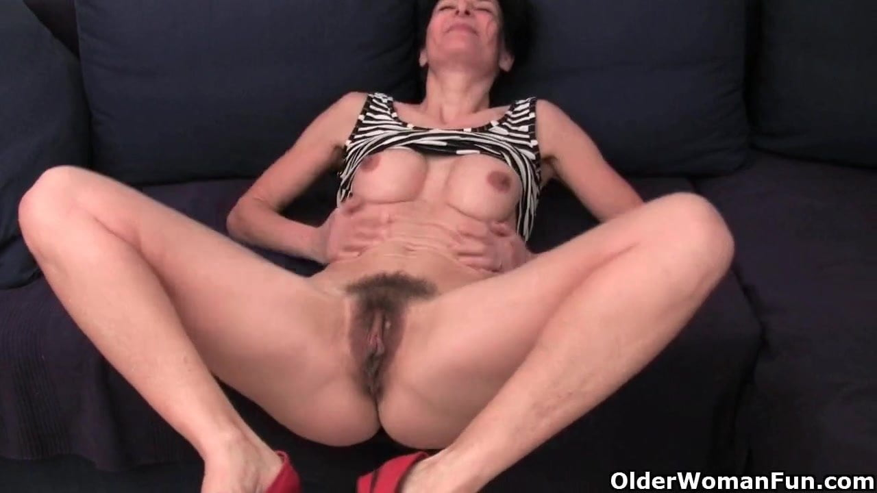 Hairy Pussy has a wet Pussy in her panties