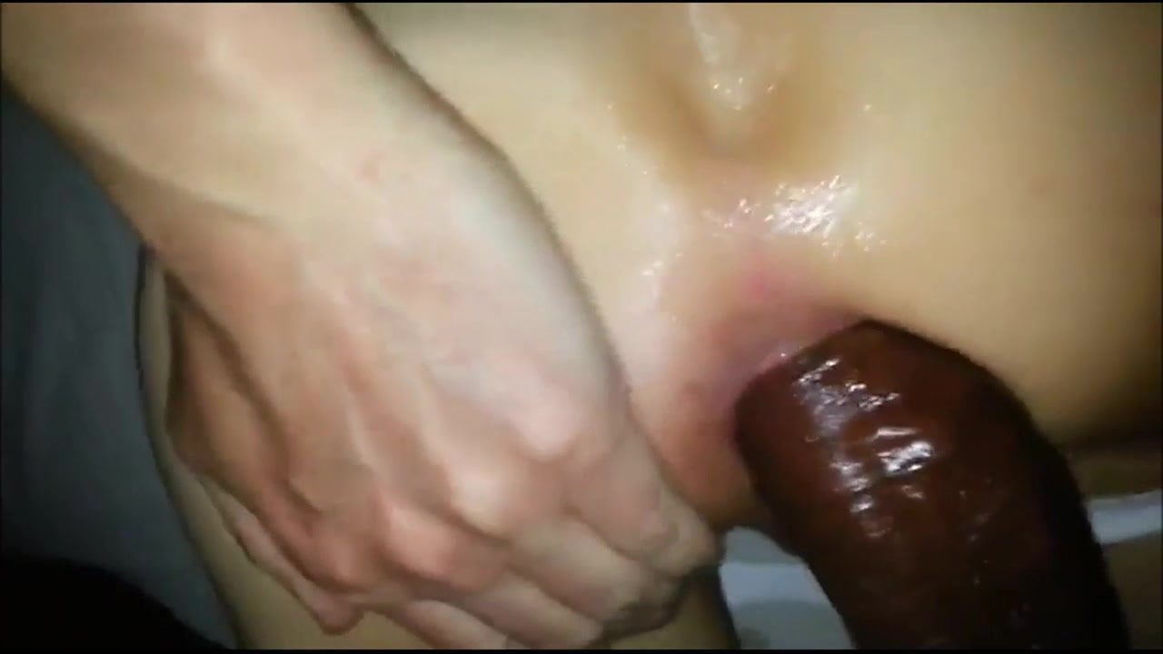 Hubby shares his wife and fill up cum