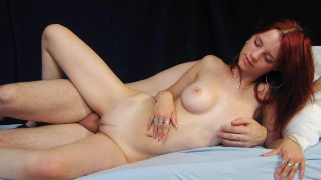 Lesbea Babe Pushes Tongue Deep Inside Labia Of Teengirl