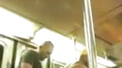 Follada en el Metro