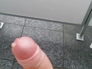 Abritzen auf dem Klo