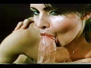Vollbusige natürlich große brüste amateur porno