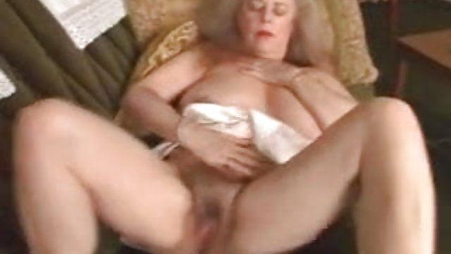 Kushpu hot sex videos and photos