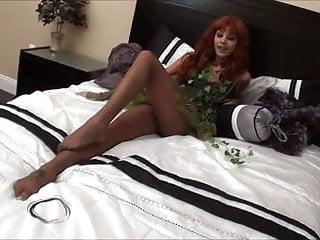 Porn poison ivy - Danica logan - poison ivy