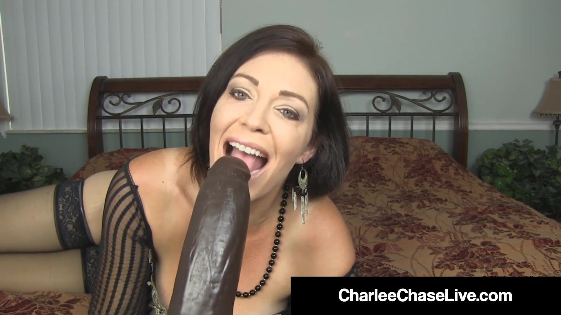 Top Heavy Milf Charlee Chase Stretches Her Mature Muff!