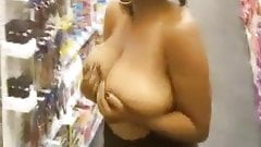 Black Woman Flashing her Tits