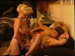 Dolly Buster, Irma and Maria Elena Sexspass zusammen