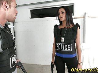 policías porno