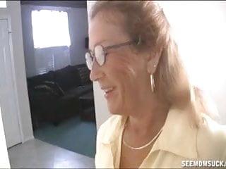 Sucking The Naked Guy