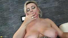 Awesome mother with big boobs and thirsty pussy