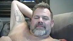 Dad Bear Wanks on Webcam