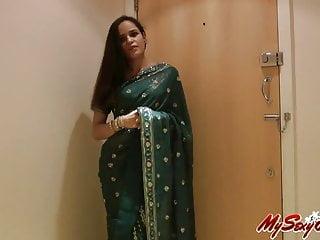 indian sexy babe jasmine strip naked taking off her sari
