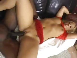 thick white girl with nice booty gets done by bbc