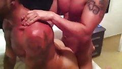 Barback - asseating - cuming inside