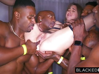 Download video bokep BLACKEDRAW My girlfriend got gangbanged at the after party Mp4 terbaru