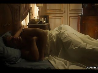 Download video bokep Bruna Marquezine and Leticia Colin in Nada Sera Como Antes Mp4 terbaru