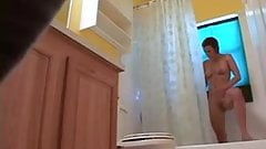 Spy cam sister in the shower