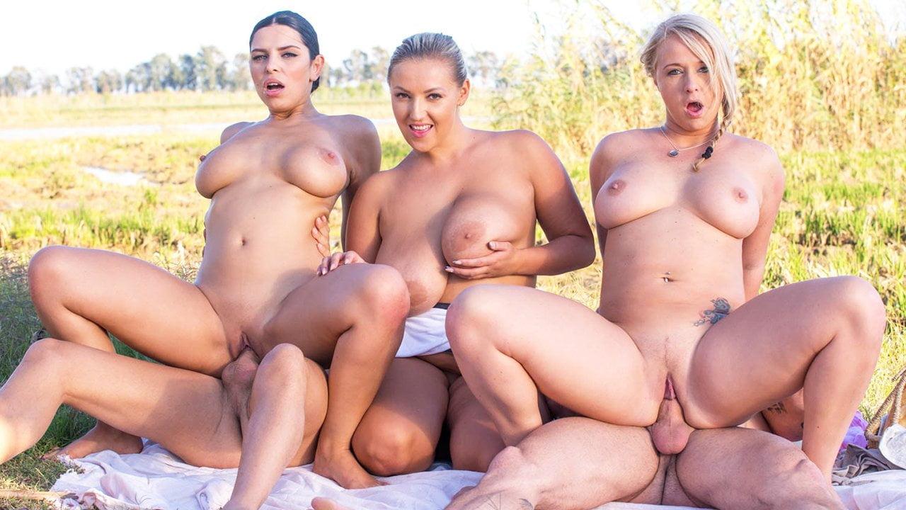 porno-gruppovuha-s-sisyastimi-telkami