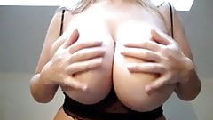amateur wife show huge boobs nboobs