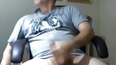 Hot sesy daddy jerking off