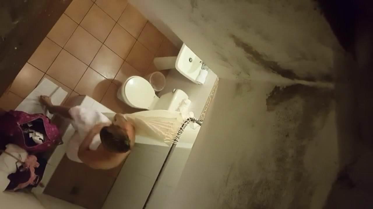обезьяны скрытая камера гостиница комната самцу полной