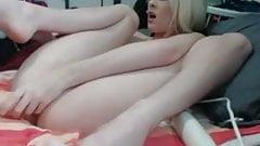 Blonde has nice orgasm