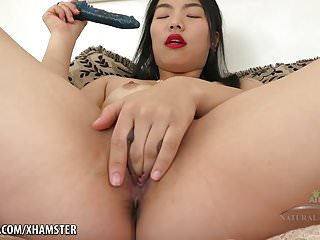 Nari Park fingers her tight pussy