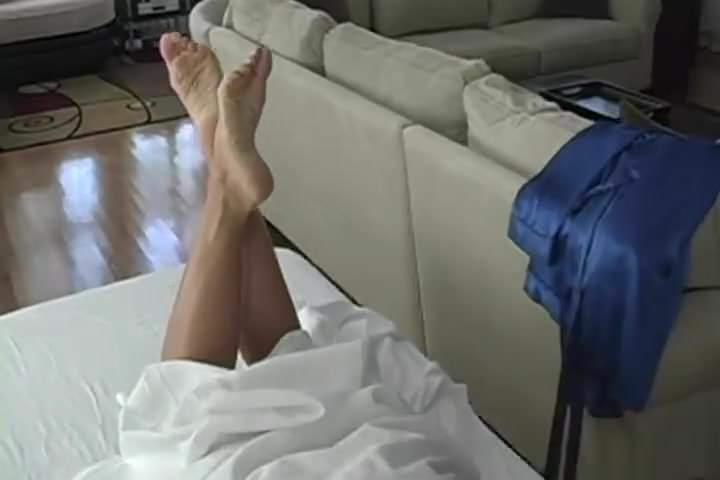 Massive load all over her soles porntube — photo 14