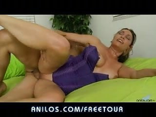 Horny cougar pussy milks a cock all the way to gooey facial