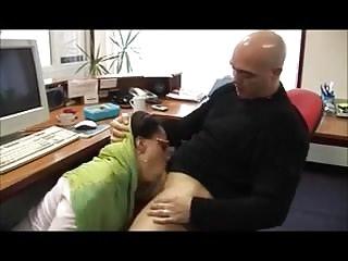 Arab Woman Needs Money in Germany