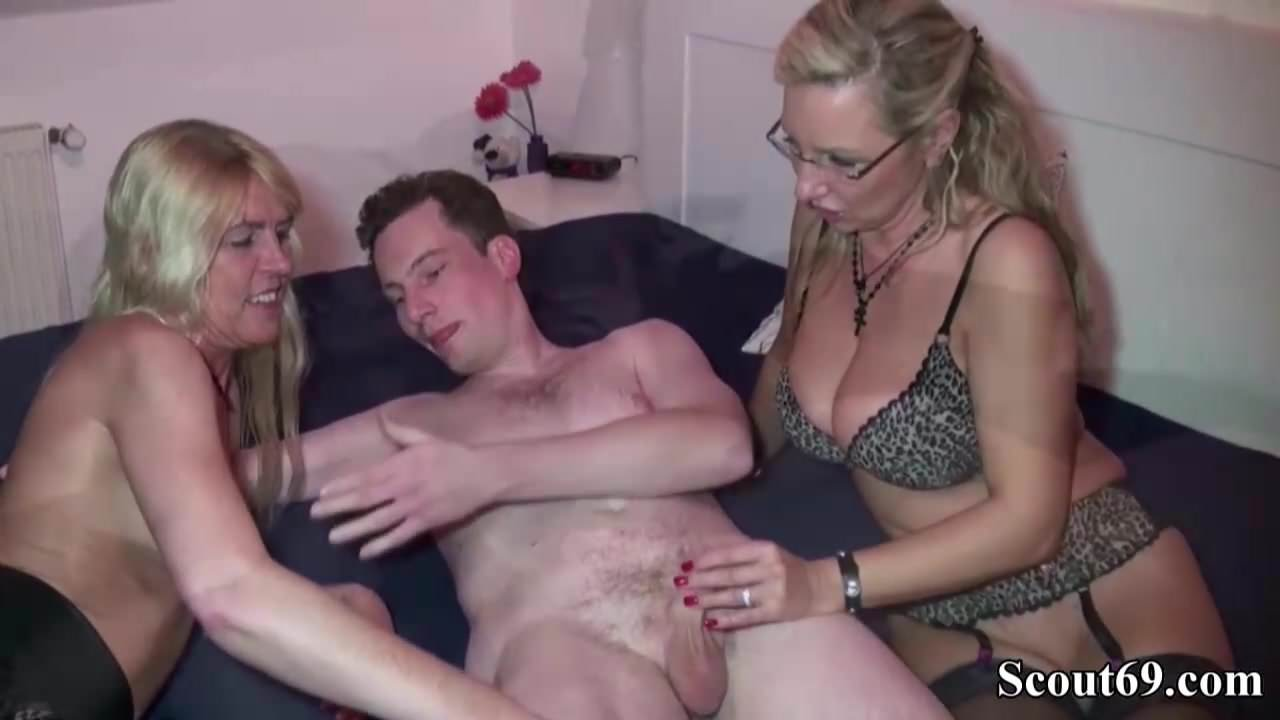 Stockings anal clips