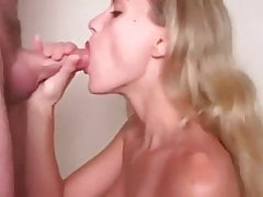 Stunning MILF Shows The Art Of A Good Blowjob