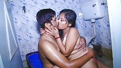 Desi B-Grade Hot Bath scene