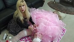 sissy hole shaved and creamed by Madame C