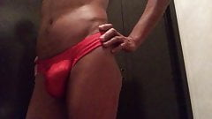 Thong red