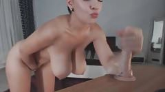 come play with my hot big boobs !