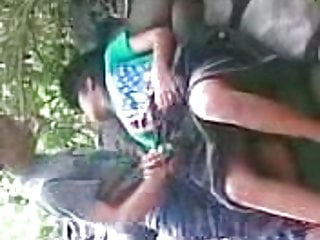 Download video bokep hutan Mp4 terbaru